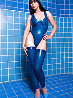 Blue tiles, blue latex and Desyra Noir | DesyraNoir.com