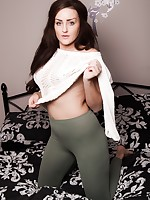 Skin Tight Glamour | Galleries | Photos | georgie green leggings
